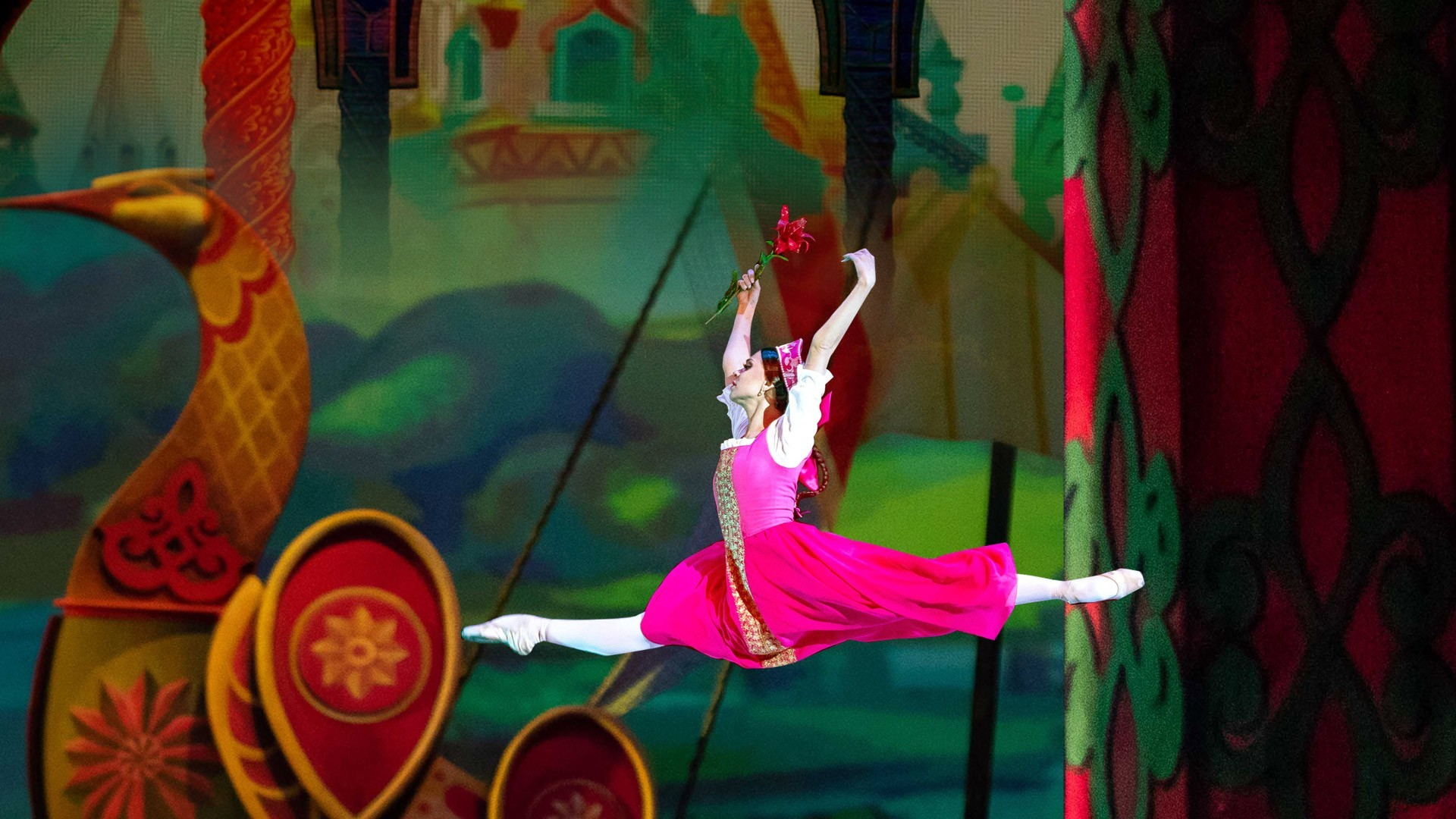 """The Scarlet Flower"". Performance of the ""Kremlin Ballet"""